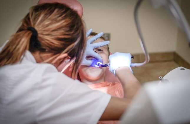 טיפולי-שיניים-בהרדמה