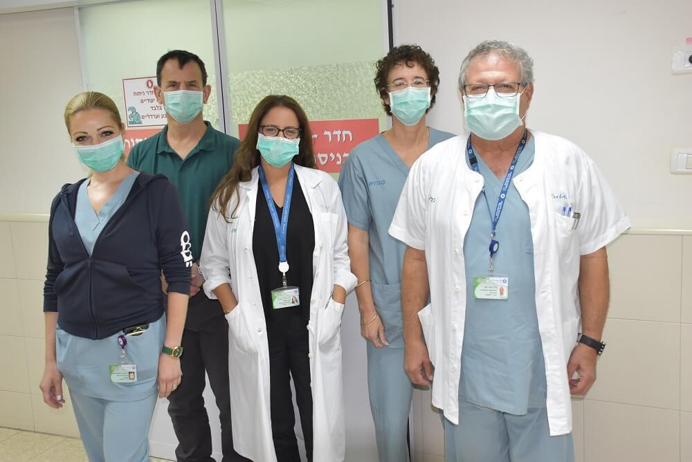 צוות יחידת הפוריות והמעבדה בכרמל צילום: אלי דדון